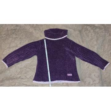 Akrylowy sweterek