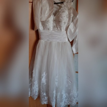 Suknia biała koronka