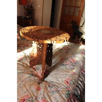 Stolik kawowy rzeźbiony/ażurowy