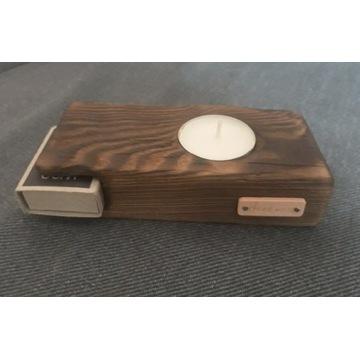 Świecznik drewniany Handmade.