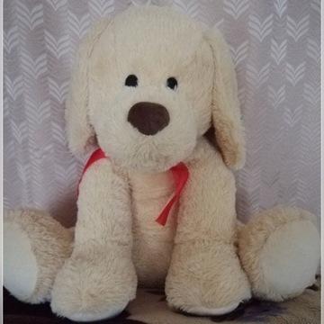 Pluszowy pies maskotka pluszak