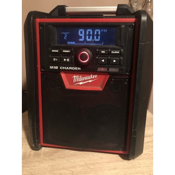 Radio Milwaukee M18 CHARGER