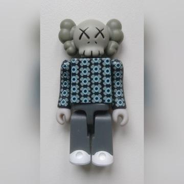 KAWS Companion Kubrick Medicom designer toy
