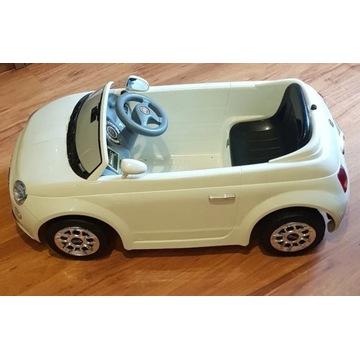 Samochód elektryczny Fiat 500 auto na akumulator