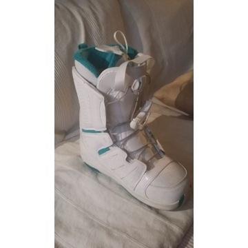 Buty damskie snowboard, prawie nowe