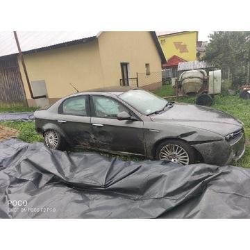 Alfa Romeo 159 na części