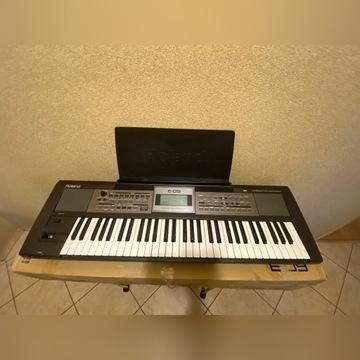 Keyboard Roland E - 09