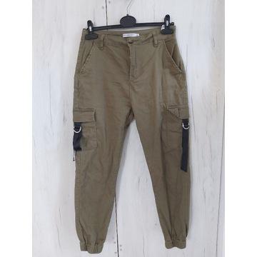 Spodnie bojówki r38