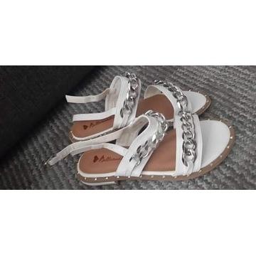 Buty Sandałki Białe