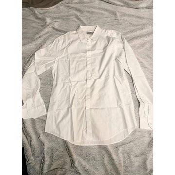 Nowa biała męska koszula klasyczna