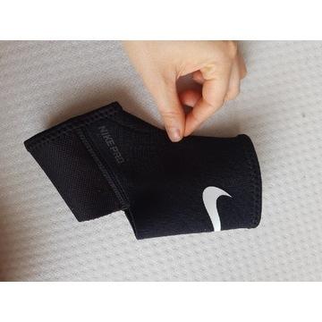 Stabilizator Nike na stopę/kostkę