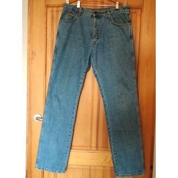 Wrangler TEXAS jeansy W34 L34 jak nowe 86cm