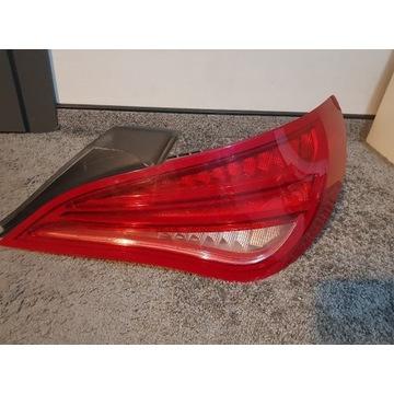 Lampa prawa tylna model w117, c117