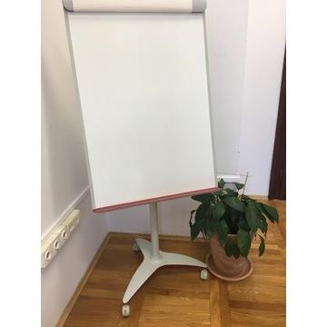 Flipchart, tablica biała na kółkach, czerwony