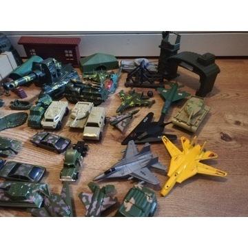Duży zestaw wojska