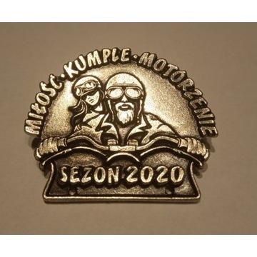 Znaczek motocyklowy + koszulka + nalepa SEZON 2020