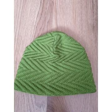 Zielona zimowa czapka
