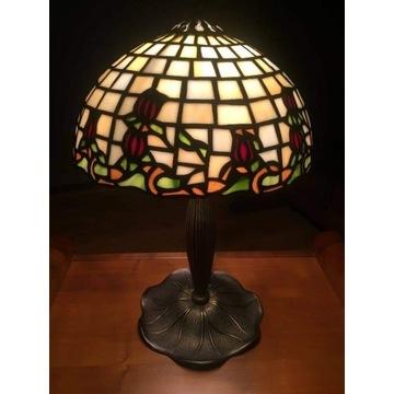 Lampa stołowa w stylu Tiffany