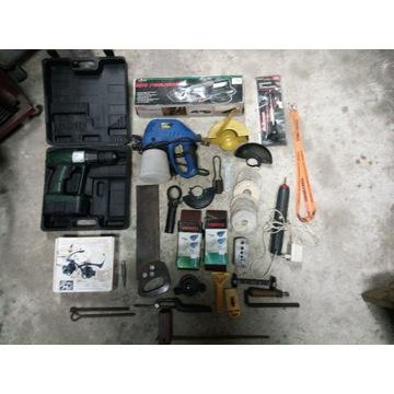 Zestaw narzędzi (wyprzedaż garażowa)