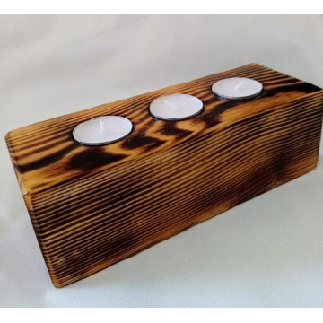 Świecznik z drewna opalanego