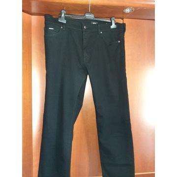 Spodnie HUGO BOSS 38/34