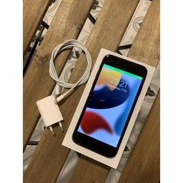 iPhone 7 ,32 gb ,w kolorze czarnym
