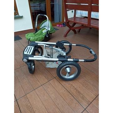 Wózek gondola z nosidełkiem Mutsy. Wyposażenie