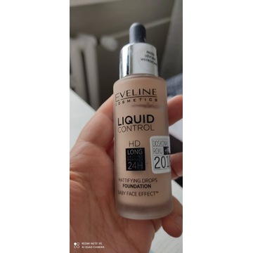 Eveline Liquid Control Warm Beige
