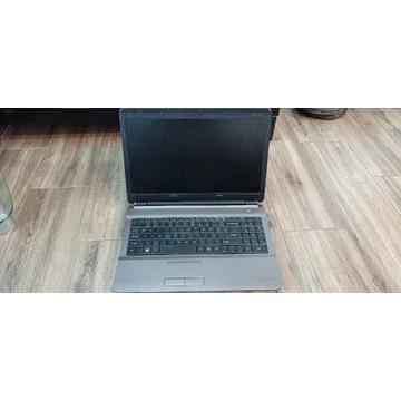 Laptop Icom SmartBook 8240 idealny do nauki