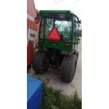 Traktor ciągnik rolniczy