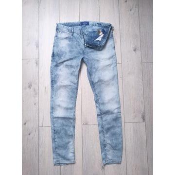 Oryginalne jeansy Scotch&Soda w rozmiarze 33/32