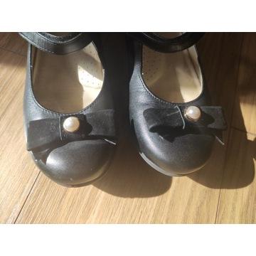 Sprzedam buciki dla dziewczynki rozm 35 Mayoral
