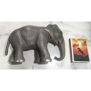 SCHLEICH  P słoń