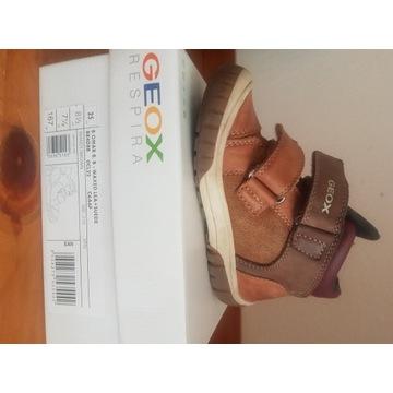 Zimowe  buty dla chłopczyka na rzep rozm. 25 Geox
