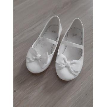 Biała balerinki dla dziewczynki.  H&M 29