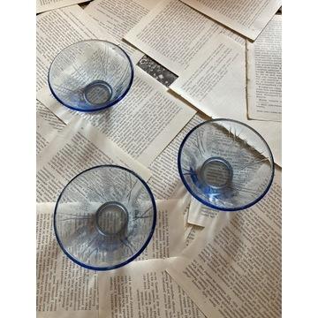 Niebieskie miseczki Ząbkowice