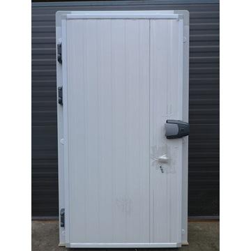 Drzwi chłodnicze/mroźnicze zawiasowe i przesuwne.