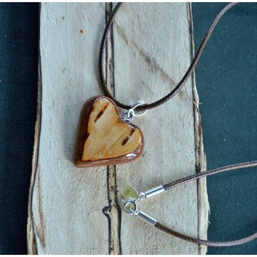 Naszyjnik wisiorek serce serduszko drewno + srebro