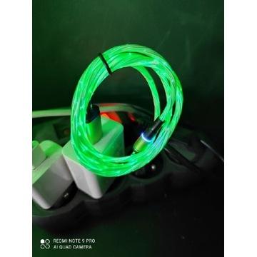 Kabel USB do telefonu na magnes lampki migają