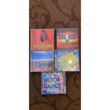 Płyty CD ze starymi przebojami JLo Spice Girls