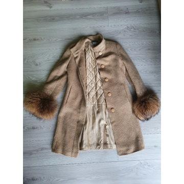 Jak nowy! płaszcz JASS, lis naturalny r.M Beż