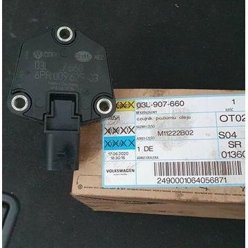 Oryg. Czujnik poziomu oleju silnikowego AUDI A4 B8