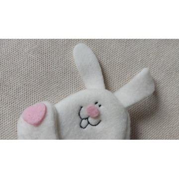 Sprzedam zabawkę mini stary króliczek królik