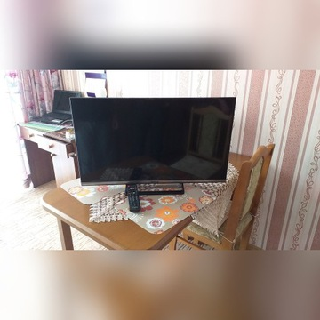 Telewizor Panasonic TX-32CS510E