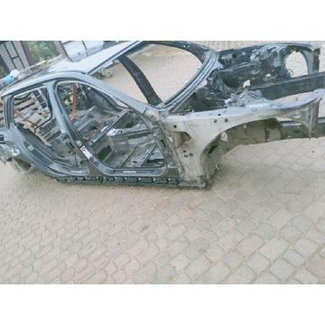 BMW F11 ĆWIARTKA PODŁUŻNICA DACH