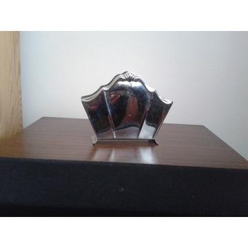 Stary metalowy serwetnik