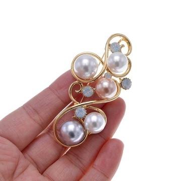 Duża brosza z perelkami