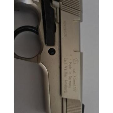 Pistolet pneumatyczny 4,5 mm Co2
