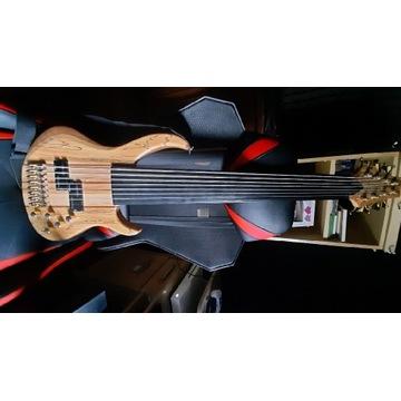 Gitara basowa fretless Raven 8 -strunowa