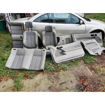 Fotele, kanapa, boczki - kpl wnetrze megane CC II